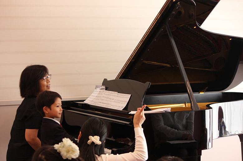 ご使用例:ピアノ教室の発表会